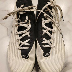 Under Armour Size 11 Basketball Shoes SC Charged